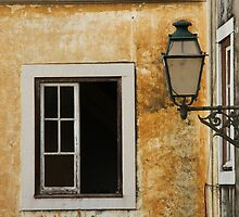 Lisboa Window by yvesrossetti