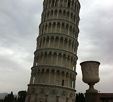 Leaning Tower of Pisa by Arco Iris  R