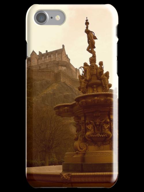 Edinburgh Castle & Fountain by ZoeKay