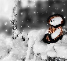 Sitting Pretty - Bearfoot Collection™ Teddy Bear by Doreen Erhardt
