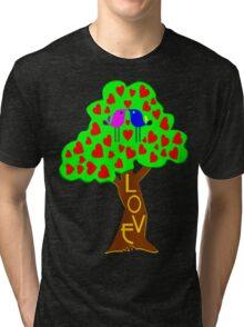 °•Ƹ̵̡Ӝ̵̨̄Ʒ♥Romantic Lovebirds Kissing on a Love-Tree Clothing & Stickers♥Ƹ̵̡Ӝ̵̨̄Ʒ•° Tri-blend T-Shirt