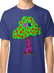 °•Ƹ̵̡Ӝ̵̨̄Ʒ♥Romantic Lovebirds Kissing on a Love-Tree Clothing & Stickers♥Ƹ̵̡Ӝ̵̨̄Ʒ•° Classic T-Shirt
