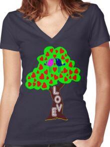 °•Ƹ̵̡Ӝ̵̨̄Ʒ♥Romantic Lovebirds Kissing on a Love-Tree Clothing & Stickers♥Ƹ̵̡Ӝ̵̨̄Ʒ•° Women's Fitted V-Neck T-Shirt
