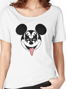 Mickey Kiss Women's Relaxed Fit T-Shirt