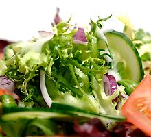 Bowl of mixed salad against a white background by psctran