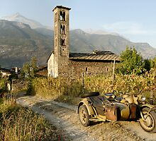 BMW R75 in the Italian Alps by Frank Kletschkus