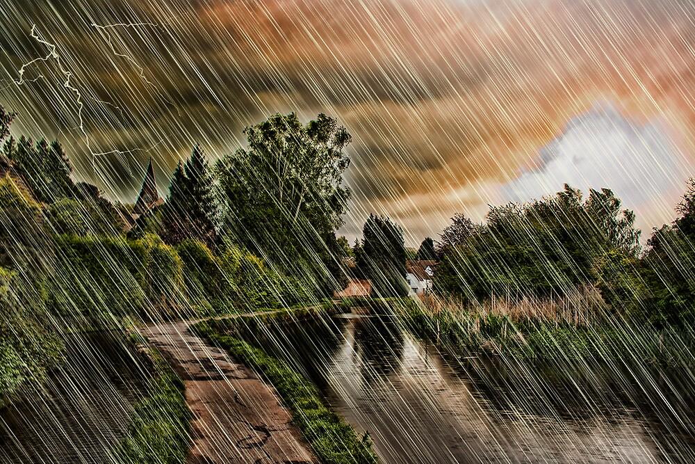 Storm Arrives At Loose by Dave Godden