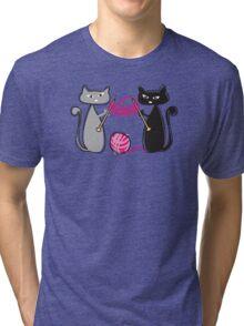 Knitting needles cats with yarn t-shirt Tri-blend T-Shirt