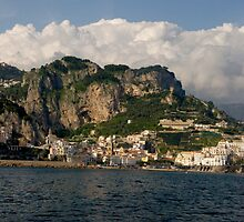 Italy - somewhere between Positano and Amalfi by zannadu