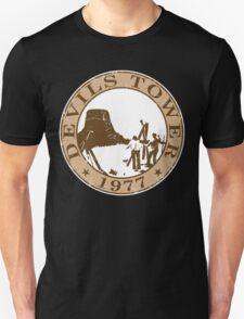 Devils Tower, 1977 (White Background) T-Shirt