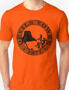 Devils Tower, 1977 (Grey Print) T-Shirt