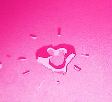 Wet heart - pink by ivanaantolovic
