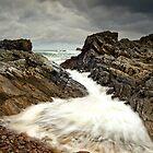 Incoming Wave by Derek Smyth