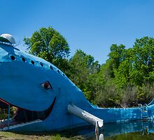 Ol' Blue, the blue whale on Route 66, Catoosa, OK by swtrekker