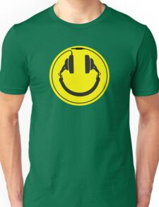 Headphones smiley wire plug Unisex T-Shirt