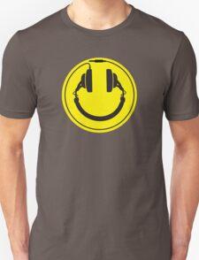Headphones smiley wire plug T-Shirt