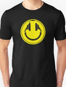 Headphones smiley wire plug T-Shirt
