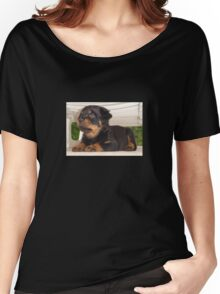 Cute Faced Rottweiler Puppy Side View Women's Relaxed Fit T-Shirt