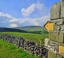 Lancashire: Witch Way to Pendle Hill ? by Rob Parsons