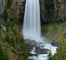 Tumalo Falls, Oregon by DArthurBrown