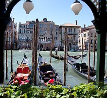 Scrolling trough Venice [FEATURED] by John44