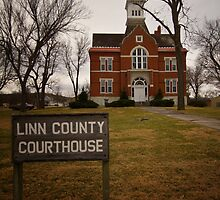 Linn County, Kansas, Courthouse by oakleydo