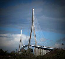 le Pont de Normandie by supergold