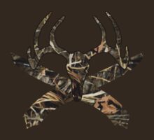 Velvet Deer Skull and Crossbones (Realtree Max-4) by Everwind