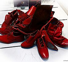 Red Shoes by Andrea Maréchal