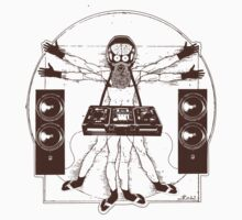 VITRUVIAN ALIEN DJ T-SHIRT #02 by Miskel Design