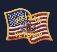 MacVsog Patch Jump wings and Flag by Walter Colvin