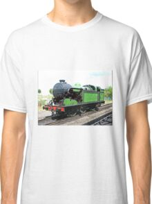 Vintage steam train in green  Classic T-Shirt