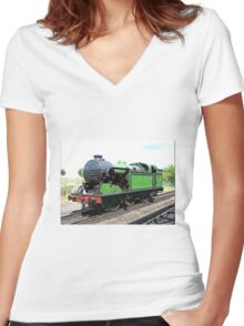 Vintage steam train in green  Women's Fitted V-Neck T-Shirt