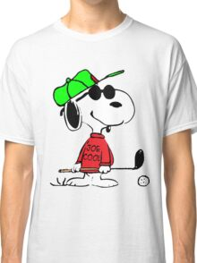 Joe Cool Swinging the Golf Club Classic T-Shirt
