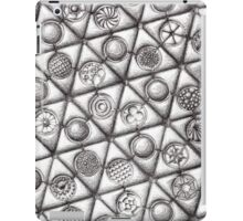 Repeating forms - Triangles iPad Case/Skin