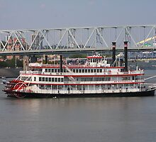 Belle of Cincinnati - BB Riverboats by Tony Wilder