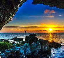 Out of the hole and into the light ..Bermuda.. by buddybetsy
