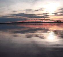 Sunrise reflexion by dedakota