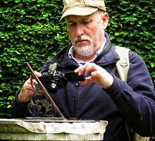 Capturing the Sundial.  (simon) by Karen  Betts
