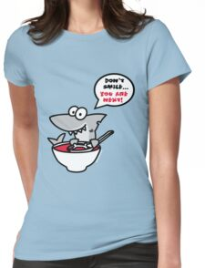Fin's soup – Beware the shark Womens Fitted T-Shirt