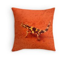 Thorny Devil (Moloch horridus) Throw Pillow