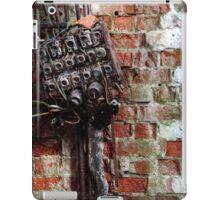 5.12.2015: Broken Fuse Box iPad Case/Skin