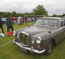 Wolseley 1967 2912cc Model 6/110 by Keith Larby