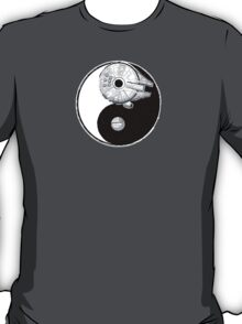 No small moon... T-Shirt