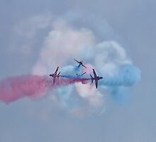 Red Arrows break  by PhilEAF92