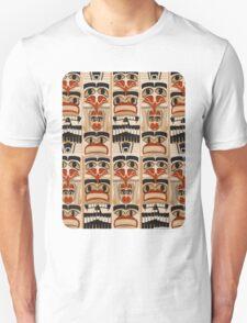 Epic Totem Pole Design  T-Shirt