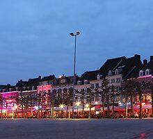 Maestricht at night by Mark Bunning