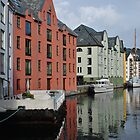 Alesund Harbour by Ekl75
