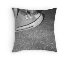 Mon Petit Chaton Noir Throw Pillow