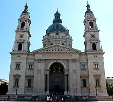 Budapest - St. Stephen's Chathedral by rsangsterkelly